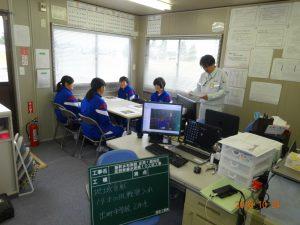 まずは現場事務所で菊池所長から工事概要の説明を受けます。