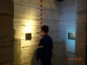立山カルデラ砂防博物館を見学しました2 雪の大谷の高さは?